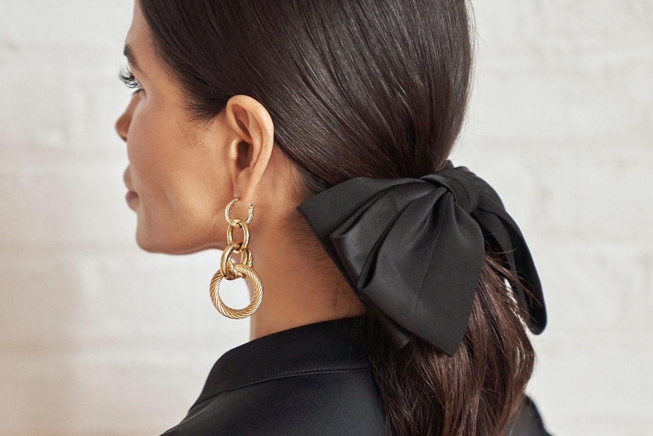 Victoria Barbara Black Hair Bow Tie